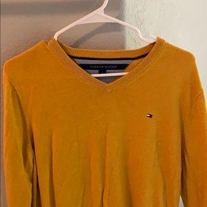 Tommy Hilfiger v neck sweater!